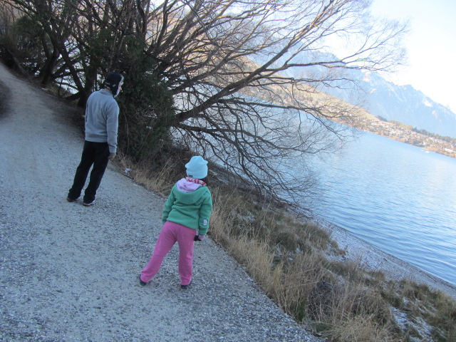 A picture of HRH and Amanda throwing rocks into Lake Wakatipu in Queenstown, New Zealand.