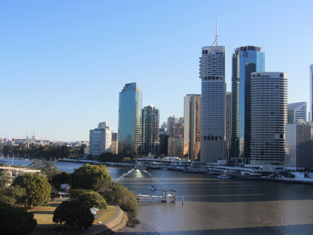 A picture of Brisbane CBD and Kangaroo Point Park from the Story Bridge.