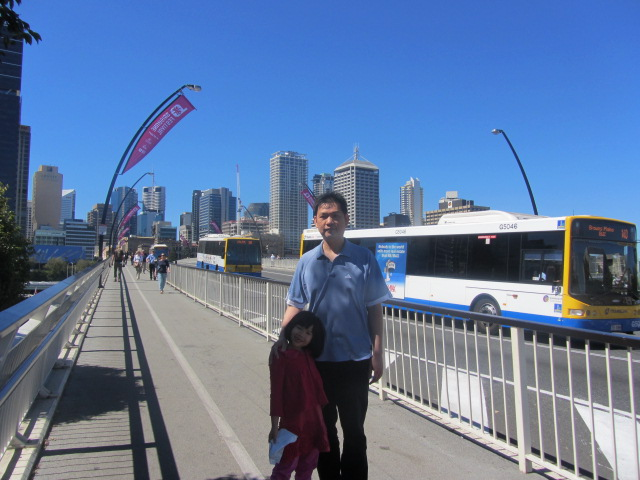 A picture of HRH and Amanda on the Victoria Bridge in Brisbane.