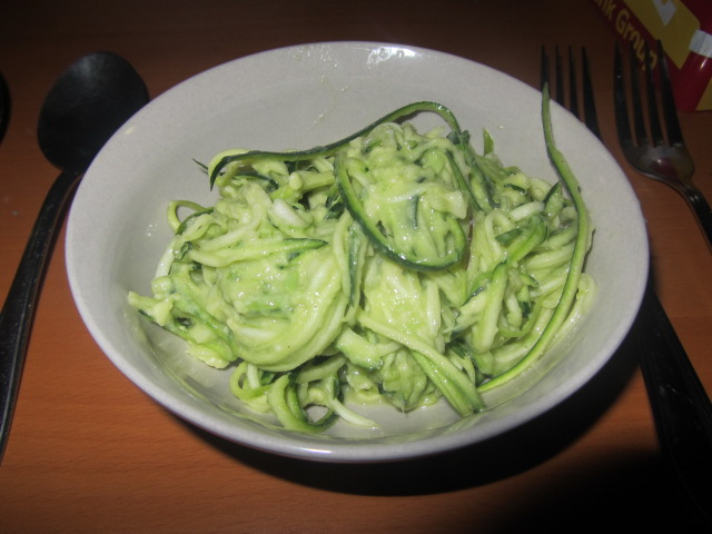 A picture of my raw zucchini pasta with Avocado sauce.