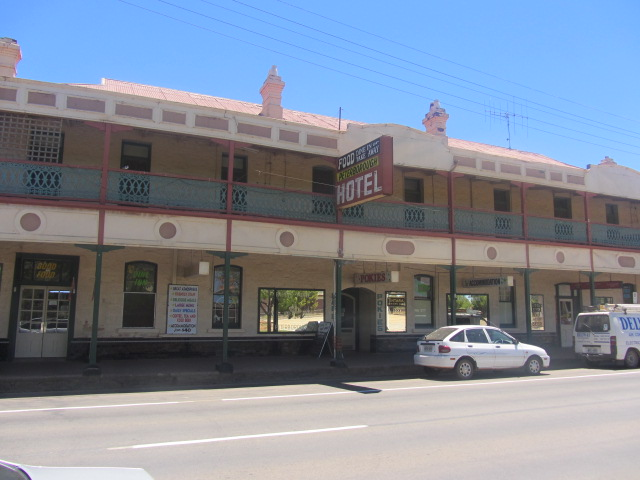 A picture of the hotel-pub where we had lunch in Petersborough, South Australia.