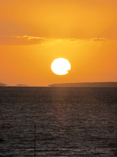 A picture of a Ceduna, South Australia, sunset.