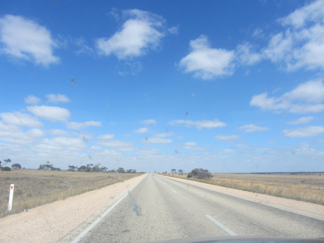 A picture of the road leading away from Ceduna, South Australia.