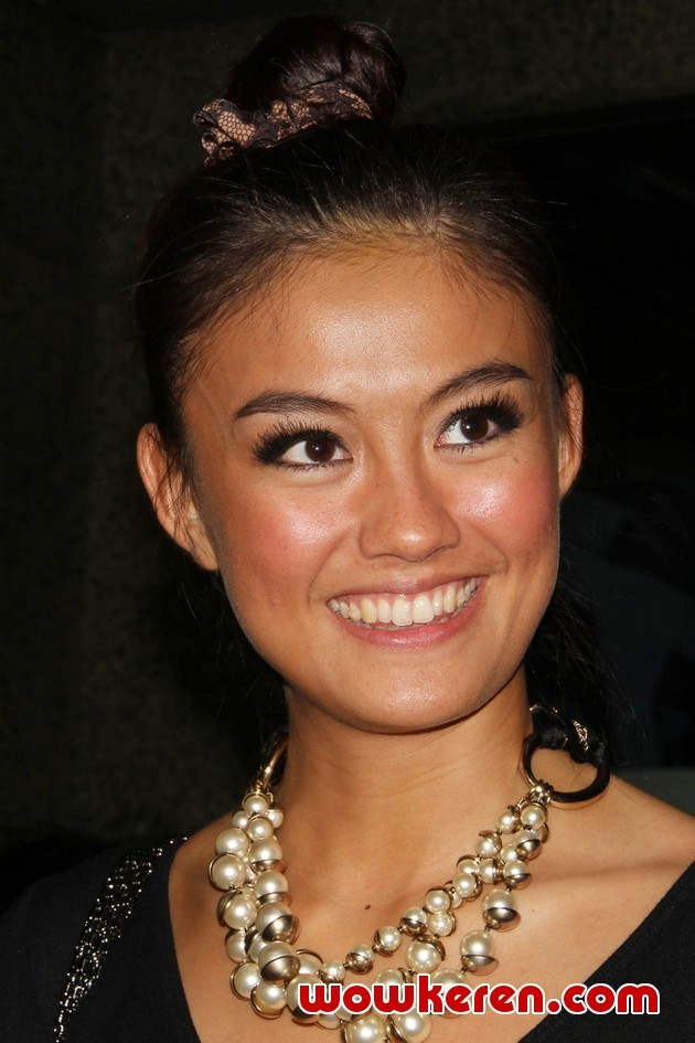 A picture of Agnes Monica of Indonesia.